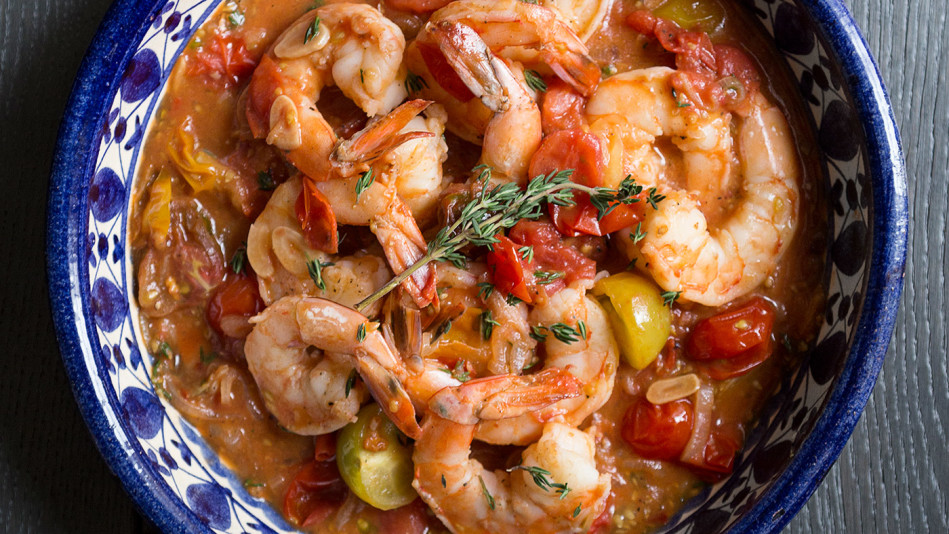 Garlicky Shrimp with Tomatoes and White Wine