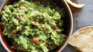 The Easiest Guacamole Recipe We've Ever Made