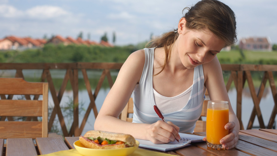 eating at home is better essay On the other side, having a list of good persuasive essay topics is not enough   cooking at home is safer than buying the cooked meals in the store 3-day.
