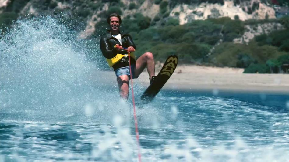 Henry Winkler on His Infamous \u0027Jump the Shark\u0027 Moment - Video