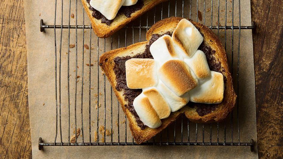 Hazelnut S'more Toast