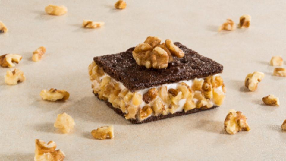 Chocolate-Vanilla-Walnut Grahamwiches