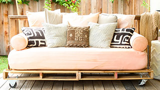 7 Awesome Things You Can Make with Wood Pallets
