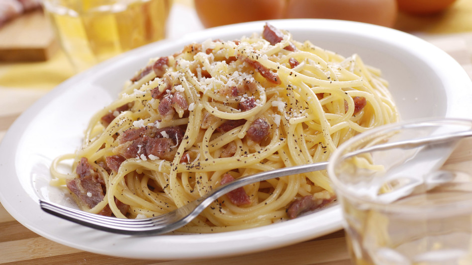 Spaghetti with Lemon, Olives and Pancetta