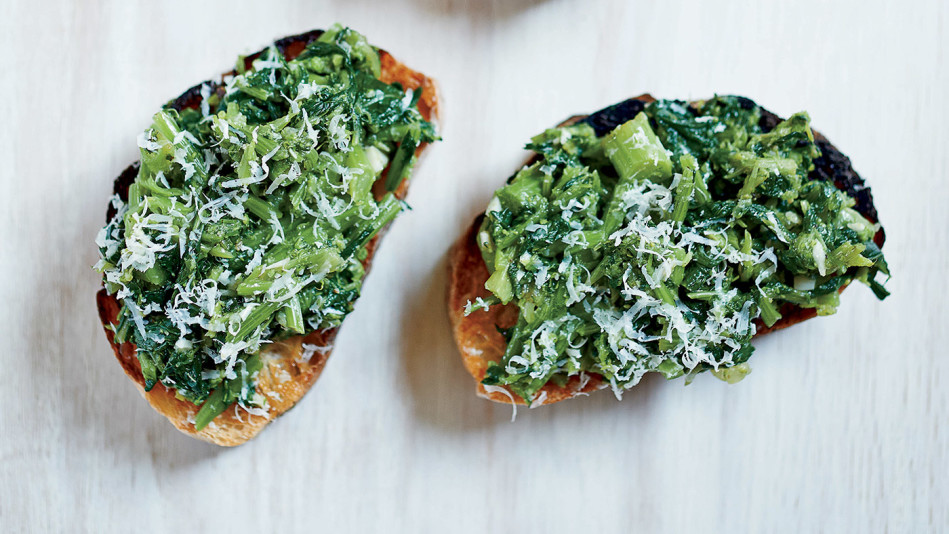 Spicy Broccoli Rabe Bruschetta Recipe — Dishmaps