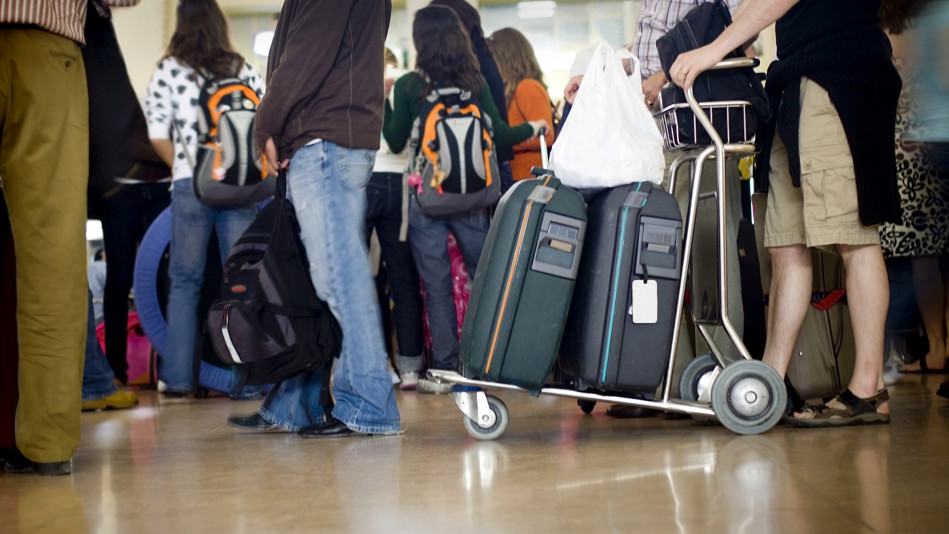 How to Stay Calm While Waiting in Line - Holiday Travel Tips
