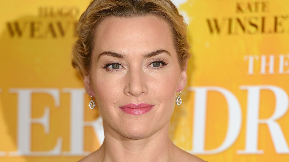 kate winslet bookshelf