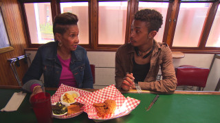 Miss Robbie Taste Tests at TJ's Sweetie Pie's