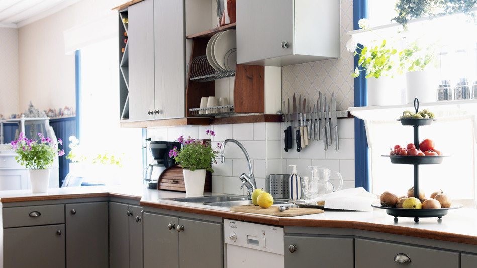 9 Ways You Can Update Your Kitchen for Under $100