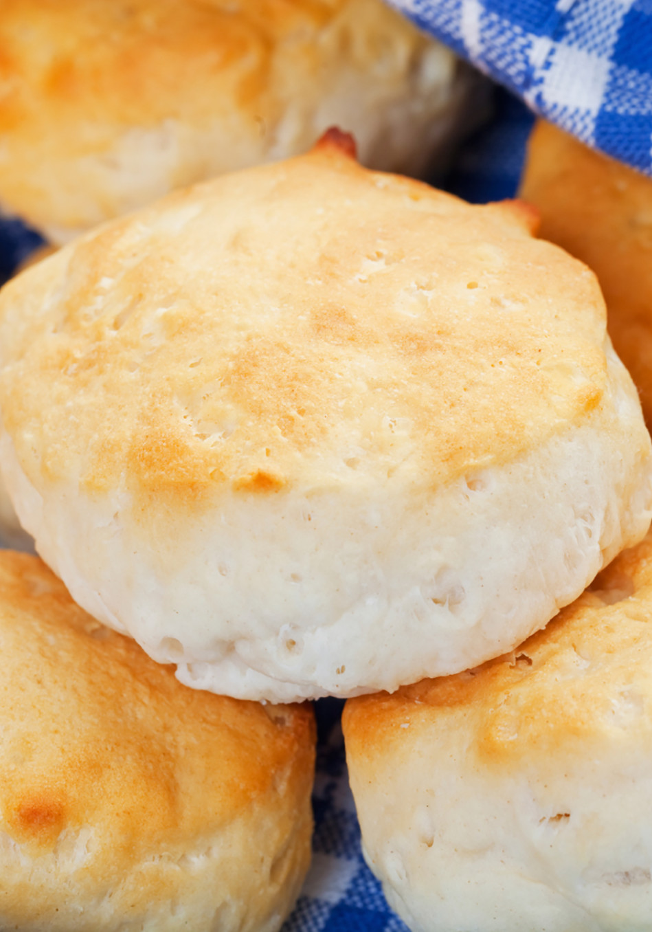 reese witherspoon buttermilk biscuits