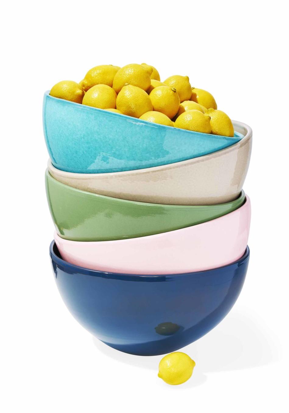 Oprahs Favorite Things 2016 Full List Terracotta Bowls : 201612 omag oprah favorite things sintra bowls 949x1356 from www.oprah.com size 949 x 1356 jpeg 133kB