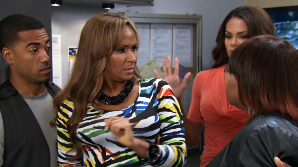 Jennifer and Keisha Have a Confrontation - Video