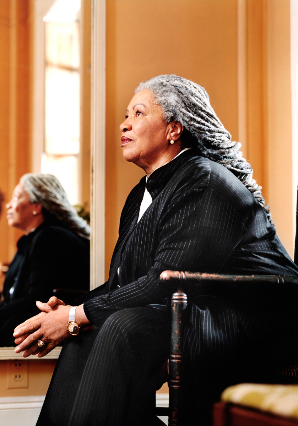"""essay home by toni morrison Inaugural edition, december 2008 morrison's essay describes a world free of racial hierarchy as """"dreamscape"""" and unrealistic morrison, toni """"home."""