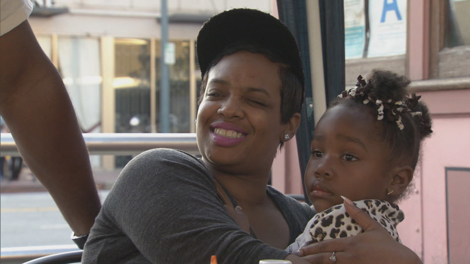 Chloe And Her Daughter Visit NoHo