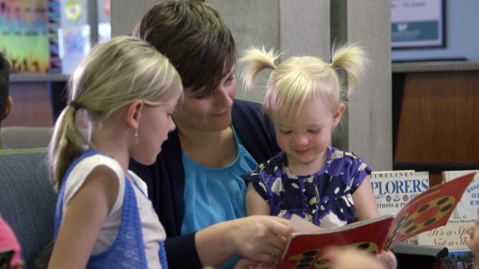 Pediatrician Explains Why Reading to Children Is Vital
