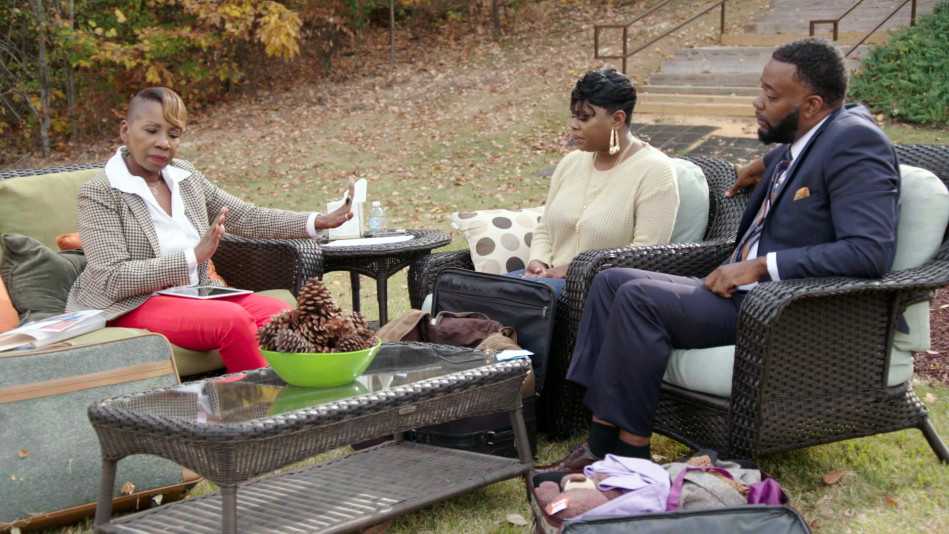 <em>Iyanla: Fix My Life</em> Returns April 15