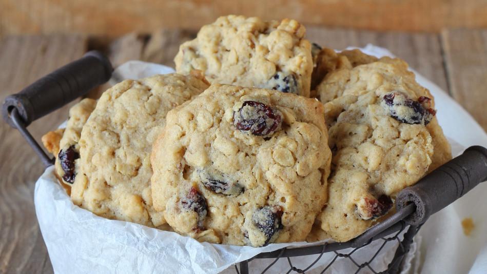 Oatmeal, Walnut and Dried Plum Cookies