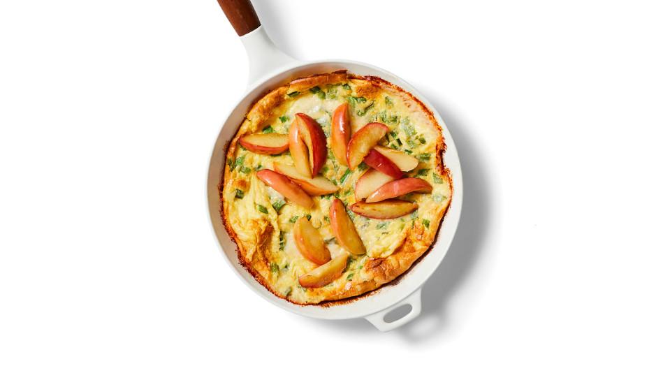 apple cheddar dutch baby recipe