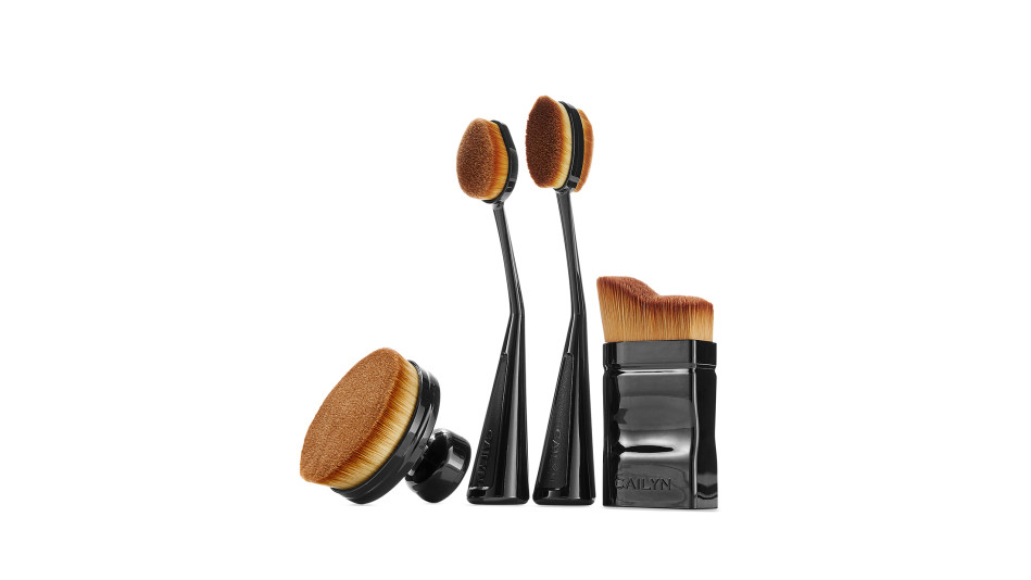 O! Wow and O! brushes
