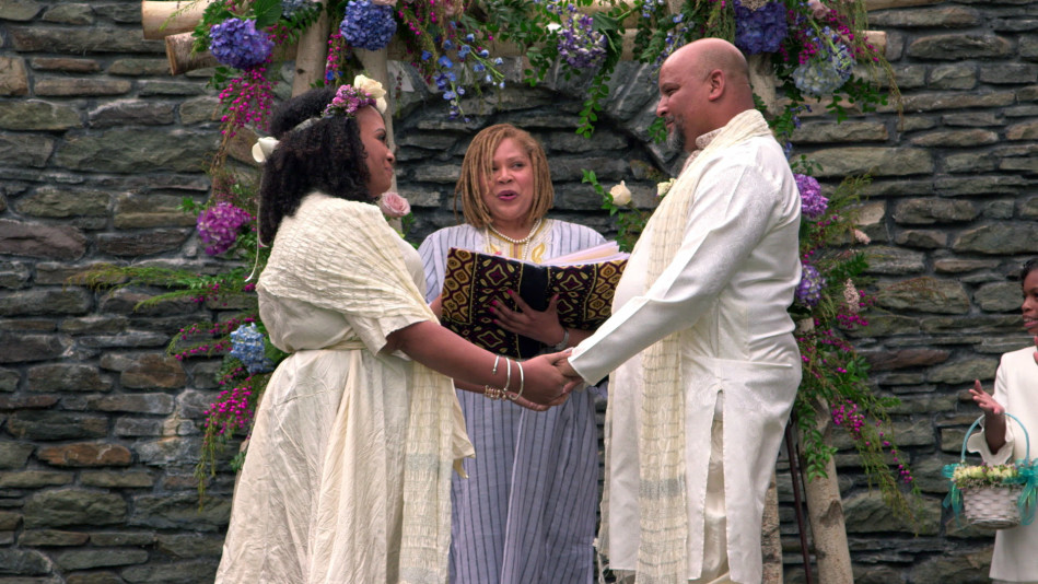 The Founder of Carol's Daughter Renews Her Marriage Vows - Video