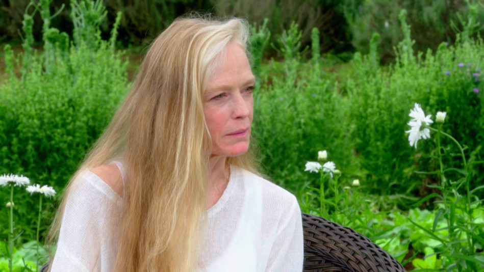 Suzy Amis Cameron on Her Greatest Awakening