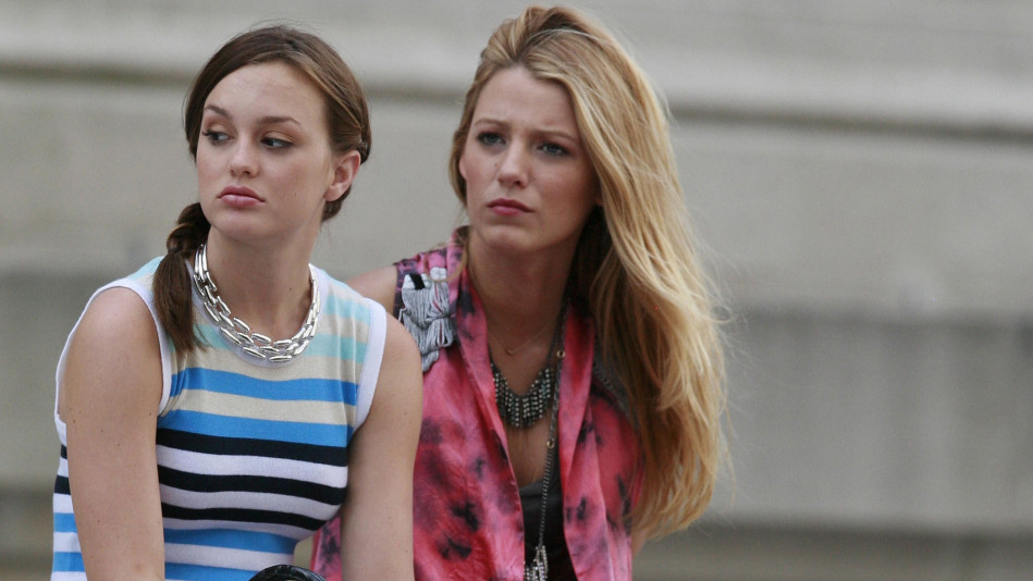 Blake Lively and Leighton Meester on the set of 'Gossip Girls'