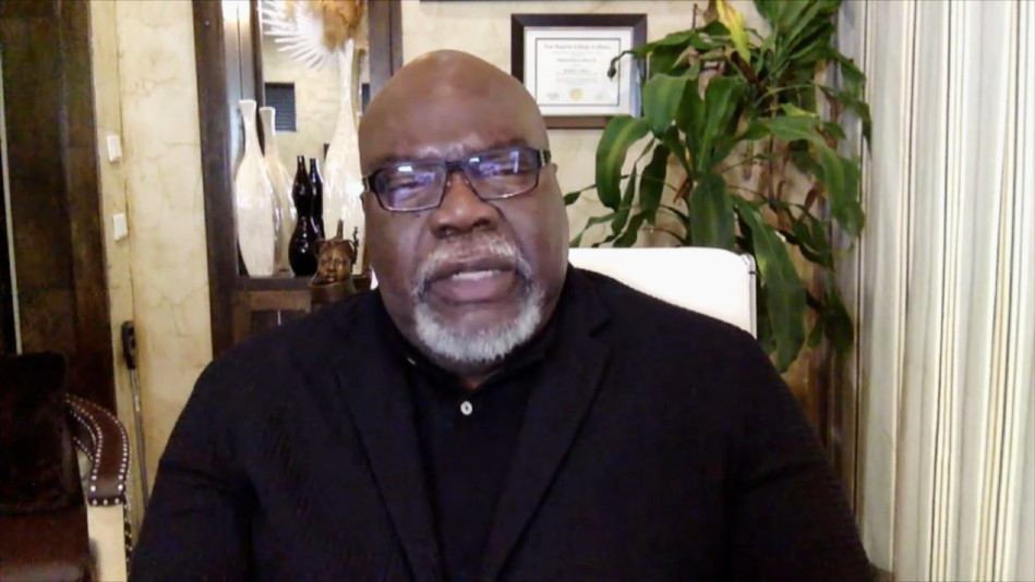 Bishop T.D. Jakes: Don't Let Fear Drive You During COVID