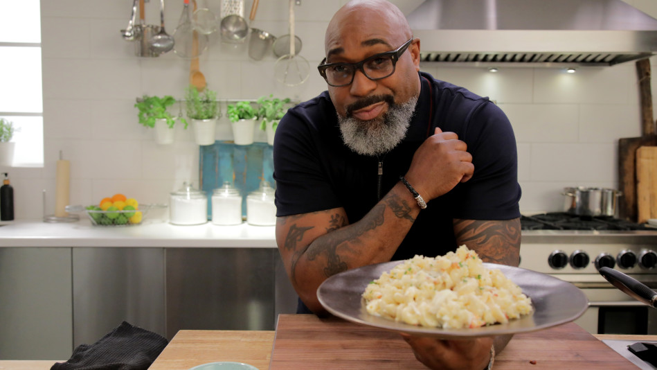 G. Garvin Makes Lobster and Lump Crab Mac 'n' Cheese