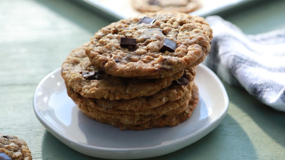 Oatmeal Chocolate Chunk Cookies Recipe