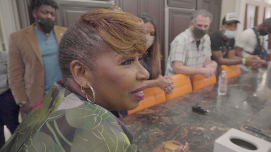 Iyanla Expresses Her Appreciation To Her Team