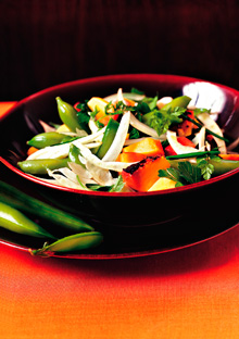 Sugar Snap Peas with Fennel, Onions, and Grilled Peach Dressing