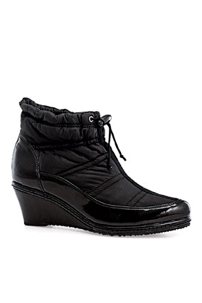 Modish ankle boot