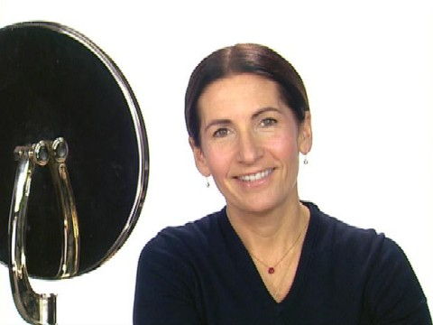 Bobbi Brown's One-Minute Makeup Video
