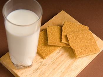 Graham crackers and milk