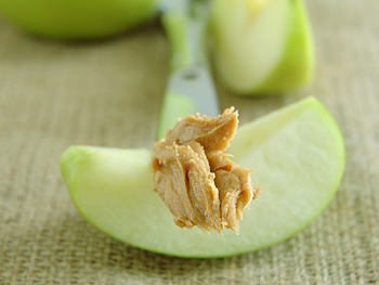 Apple slice with peanut butter