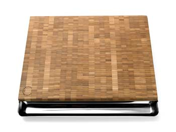 Curtis Stone bamboo carving board