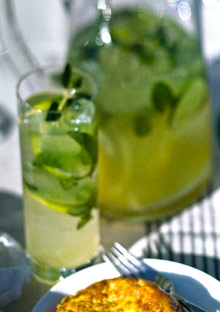 Pineapple-Cucumber Mojitos