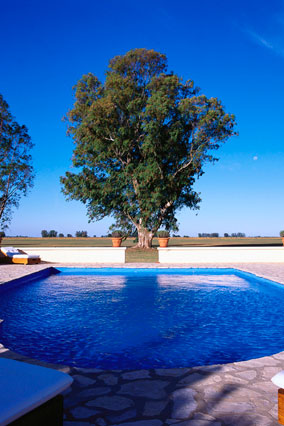 The pool at Estancia El Rocio