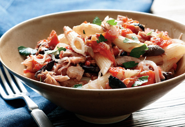 Penne with Tuna, Plum Tomatoes and Black Olives