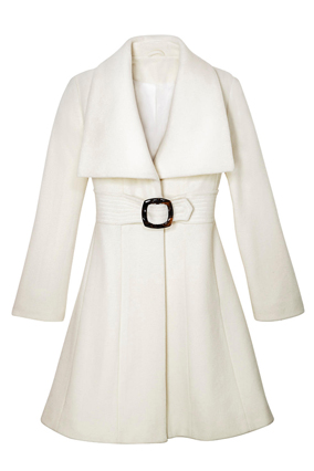 Apostrophe white coat