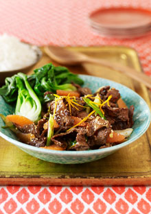 Stir-Fried Orange Beef with Sesame Seeds
