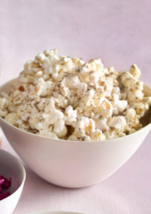 Popcorn with Dried Oregano and Lemon