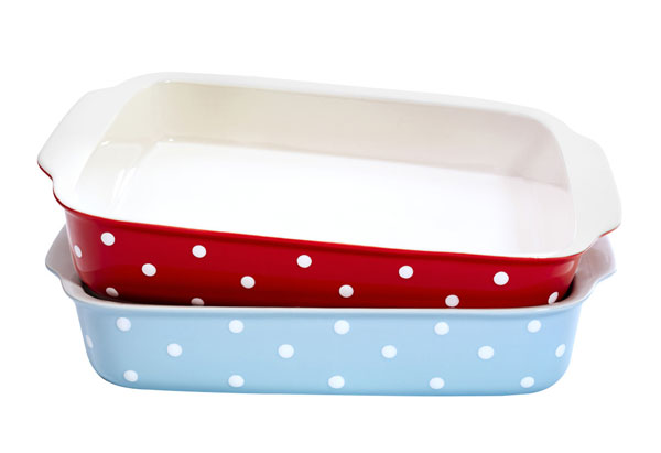 polka-dot baking dishes