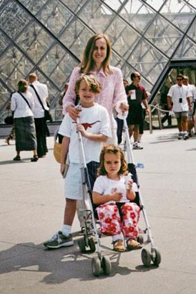 Mona Simpson and children