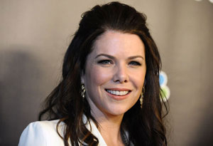 Lauren Graham with curls