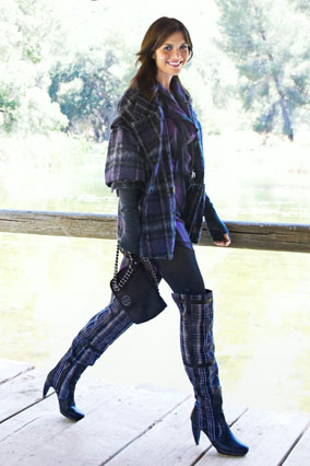mandy moore in plaid boots