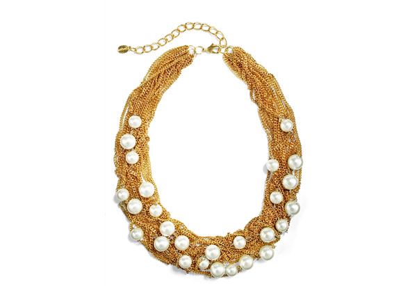 pearl necklace with mesh chains