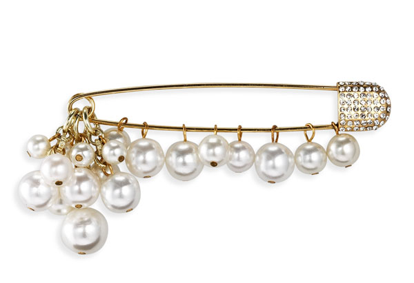 gold-plated pearl pin
