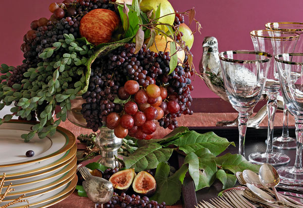 centerpiece with grapes, apples, and figs