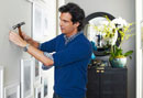 Adam Glassman's 4 Steps to Perfectly Decorated Walls